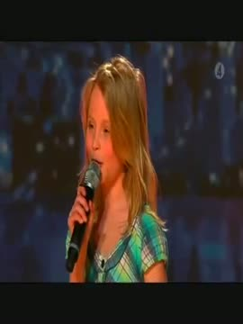 Europe's Got Talent - 10 year old girl amazing voice